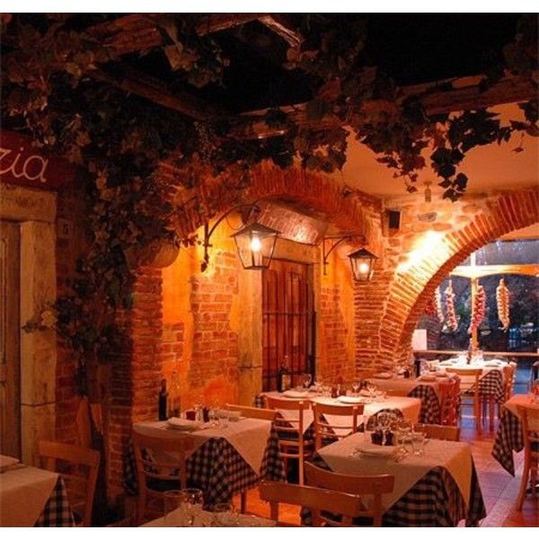 Best 25 Italian Restaurant Decor Ideas Only On Pinterest Rustic Restaurant Interior Italian