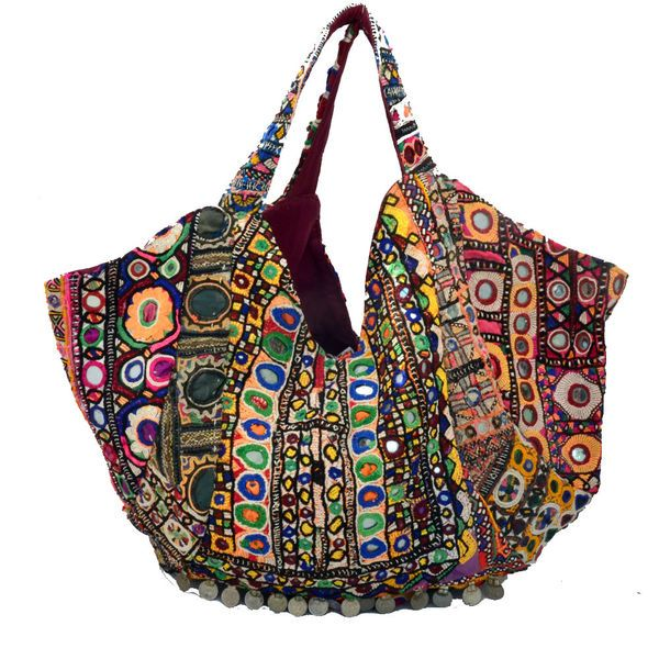 swatidesigns.com offers Handbags You Can Buy Various High Quality buy online vintage bags,designers women handbags.  http://www.swatidesigns.com/