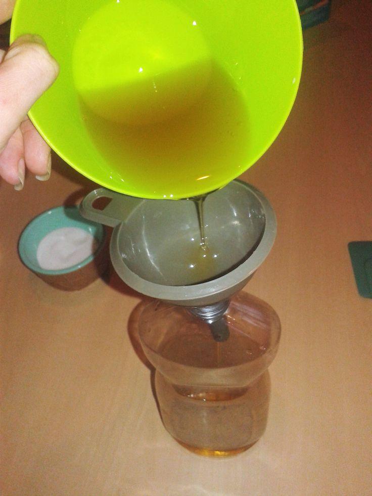 liquide vaisselle au savon noir ma recette diy liquide vaisselle au savon noir recette diy. Black Bedroom Furniture Sets. Home Design Ideas