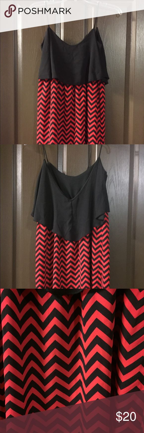 Game Day Dress❤️🖤❤️ Super cute boutique game day dress!!! Size is S/M fits like a 2/4 juniors! Perfect for Georgia, Troy, Alabama and so many more football games! Brighter red with black chevron- not deep crimsony red! Worn to one Troy game!! In perfect condition! fascination Dresses Mini