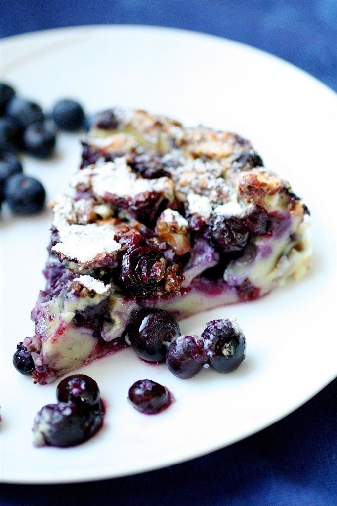 FOR YOU TO TRY MOMMA-- Blueberry Clafouti {CLAH-FOO-TEA}   A mix between a custard and a fruit pie, oh yea. Im all over this one!
