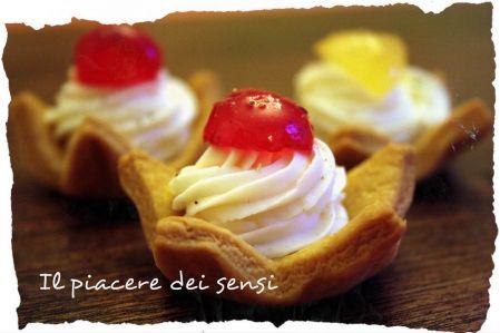 Cestini di pasta frolla salata con stracchino allo yogurt e frutta mostardata - Caseificio Tomasoni - stracchino e formaggi