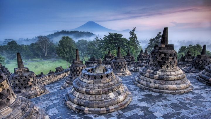 Borobudur Temple Compounds | http://travelingdesh.com/borobudur-temple-compounds/