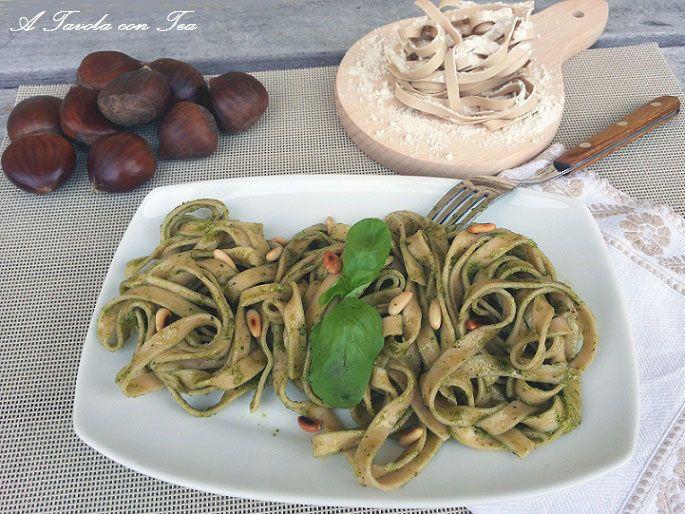 Tagliatelle di Farina di Castagne al Pesto