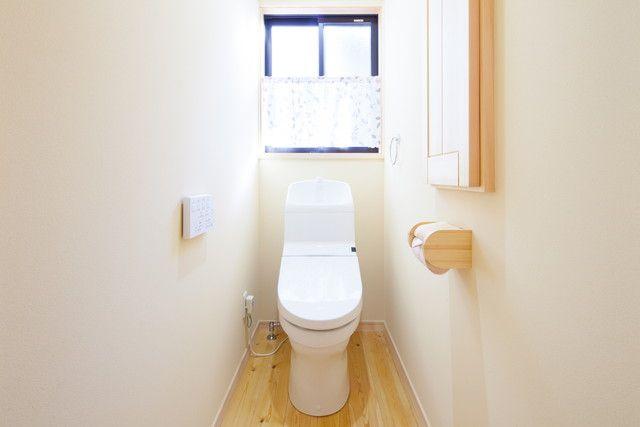 トイレの壁の掃除方法 尿の飛び散り汚れの落とし方から消臭まで