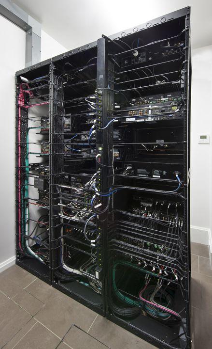 best 230 network pc servers images on pinterest technology. Black Bedroom Furniture Sets. Home Design Ideas