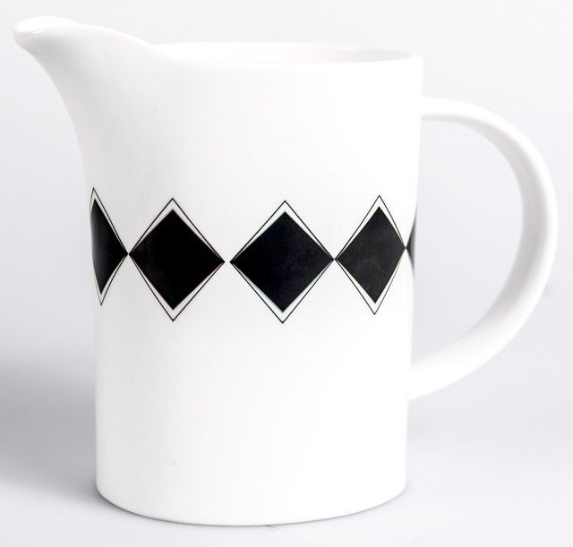 Tjutrut-Kanna - 50 SHADES OF GREY - TEMA #diketdesign #jug #porcelain #black #white #grey #50shades #nordicdesigncollective