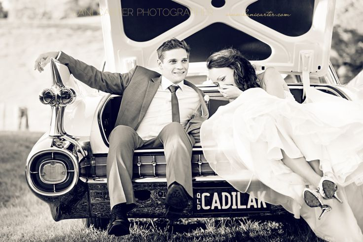 Bride and groom in boot of a car, Maleny. www.lanicarter.com