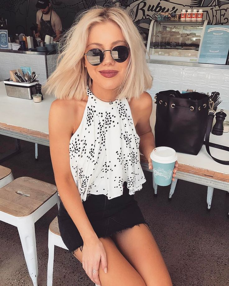"""5,757 Likes, 37 Comments - Laura Jade Stone (@laurajadestone) on Instagram: """"That time of the day ☕️ • wearing @thebirdcageboutique """""""