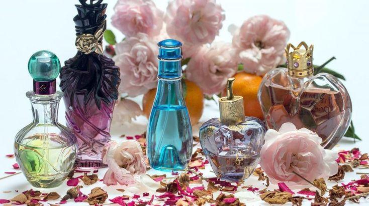 Perfume, Eau de Parfum ή Eau de Toillette;