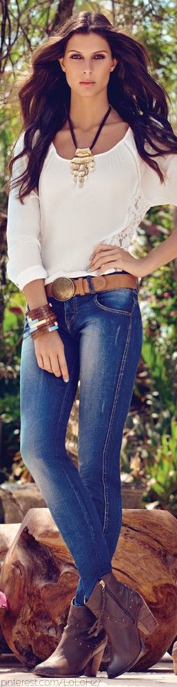 Some don't think I wear jeans, but this look would win me over in a heartbeat.