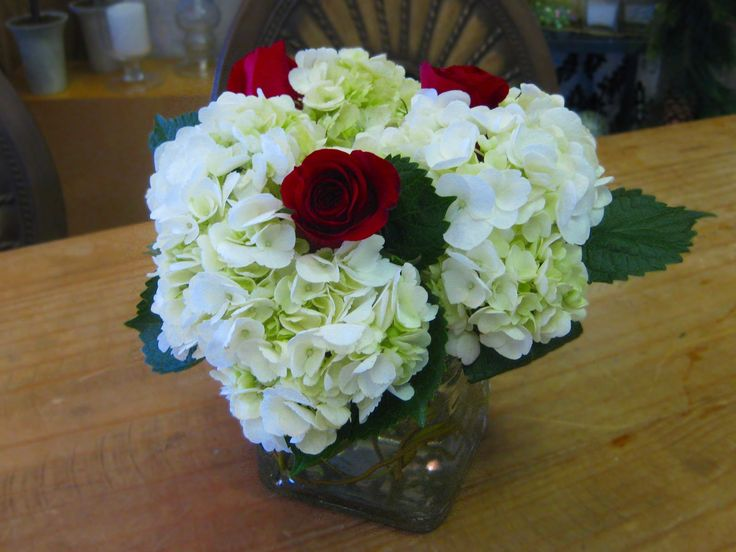 Hydrangea red rose centerpiece wedding inspirations