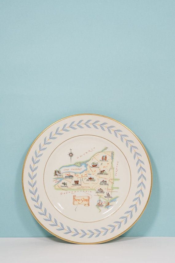 Beautiful New York State Souvenir Plate with Blue Laurel