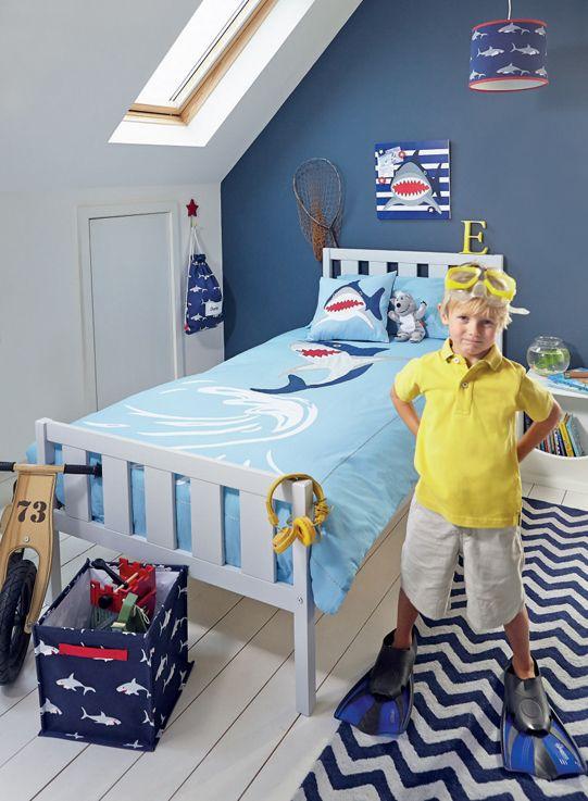 Ordinaire Shark Bedroom Ideas (somethings In The Water!)