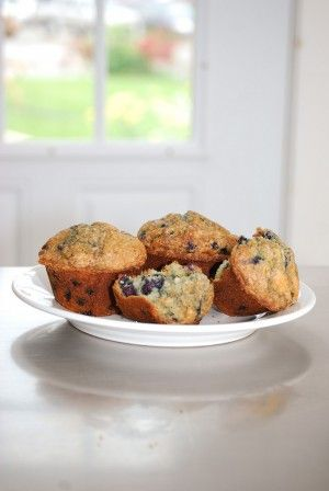 A Collection of 10 Healthy Blueberry Muffin Recipes with Weight Watchers PointsPlus Information