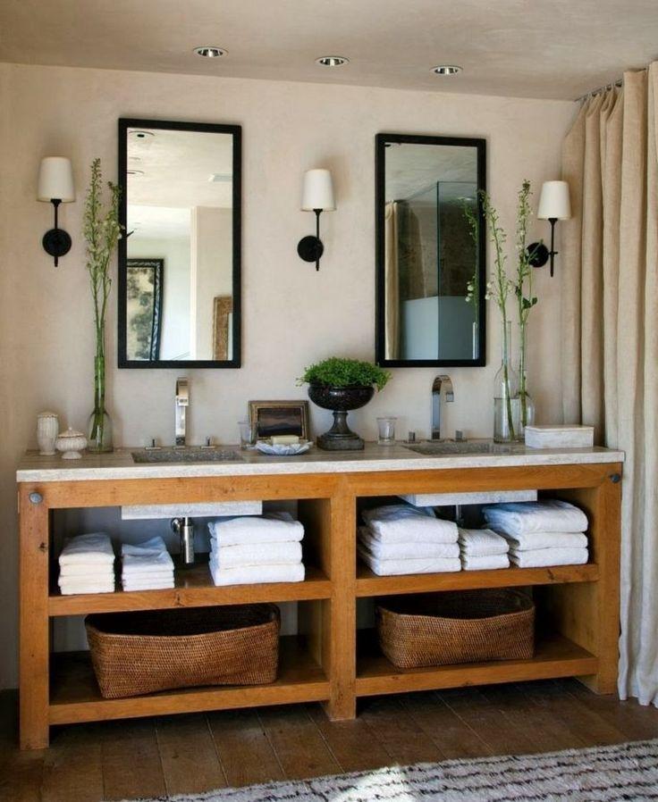 salle de bain rustique avec des meubles en bois