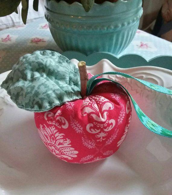 Guarda questo articolo nel mio negozio Etsy https://www.etsy.com/it/listing/484332026/decorazioni-per-lalbero-di-natale-mele