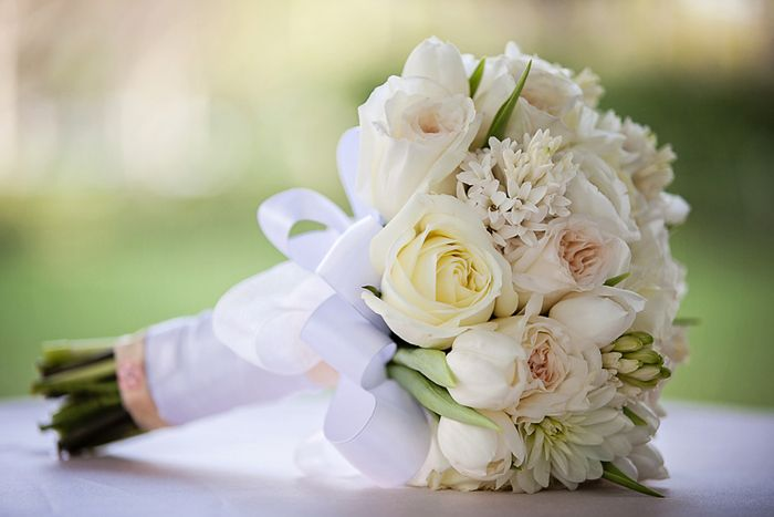 muted floral bouquets | img_2945_small-flowers-by-cina-white-rabbit-photo