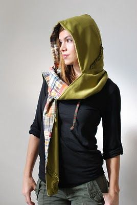 Hooded Scarf....want it! need it! gotta have it!!
