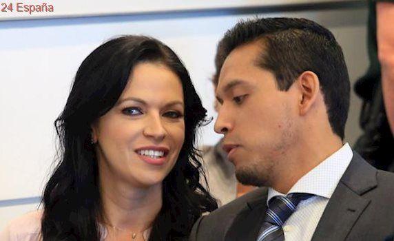 El hijo mayor de Juan Gabriel demanda a uno de sus hermanos por difamación