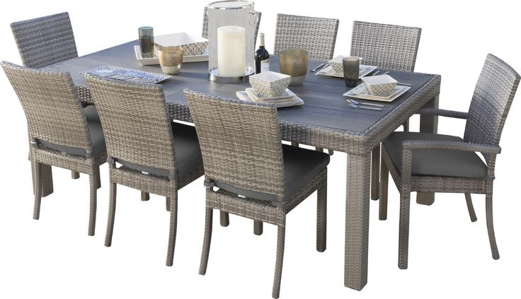 Highland Park 9 Piece Dining Set with Cushions