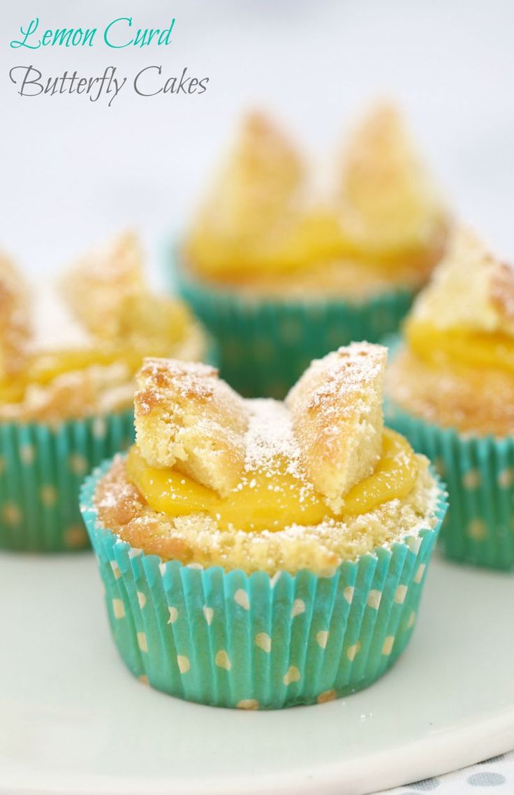 If you're wanting to make perfectly simple butterfly cakes filled with deliciously sweet and tangy lemon curd, then this is the recipe for you! #lemon #curd #butterfly #cakes #cupcakes #baking #conventional #thermomix