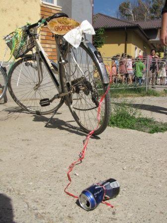 Spre cununia civila cu bicicleta