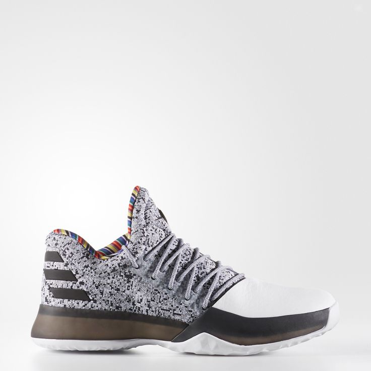 James Harden forces opponents to step up their game. Built for his high-tempo style of play, these basketball shoes feature energy-returning boost™. The breathable knit upper wraps the foot for a secure lockdown. The black-and-white design and a striking