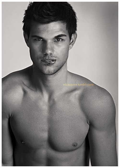 Taylor Lautner!!!!