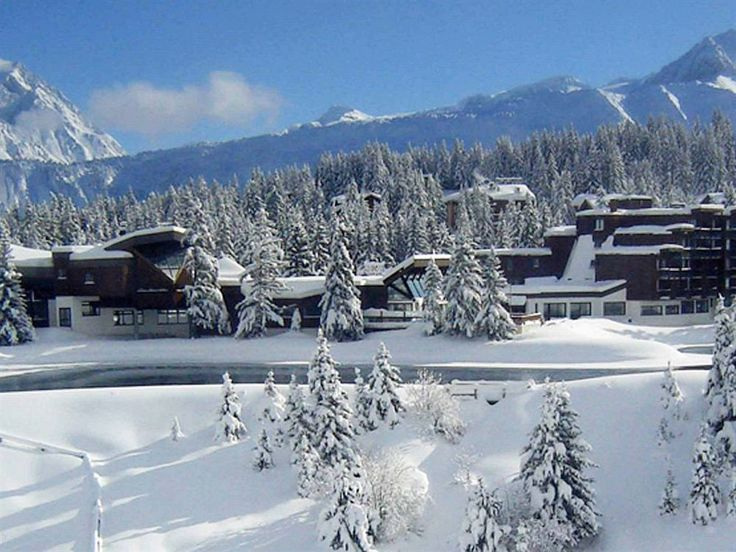 Les 3 Valles one of the biggest ski areas in France including the