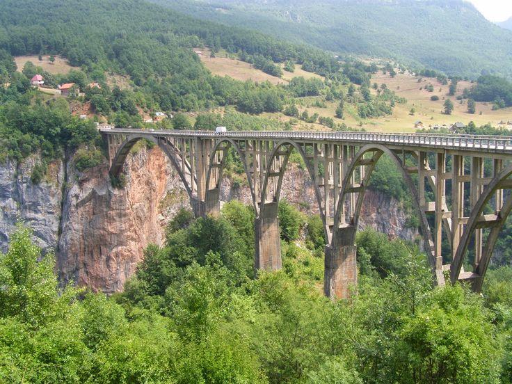 marqué par couleur: le pont de Đurđevića Zabljak