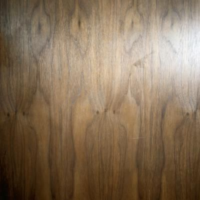 Wood grain can be added to any door or surface with the help of a simple, hand-held tool that can be purchased at most hardware stores. You have to do your prep work before you paint a metal door to ...