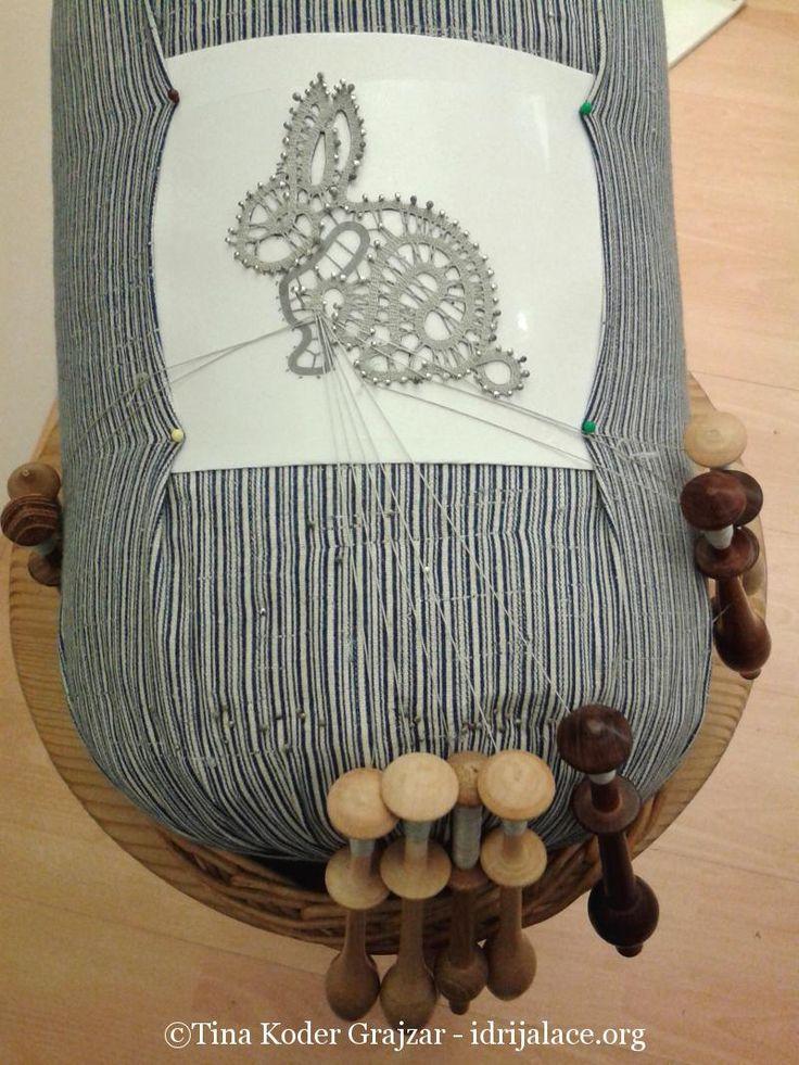 Avtorska idrijska čipka - ročni izdelki: nakit, modni dodatki, interier, poslovna darila, oblačila | Tina Koder
