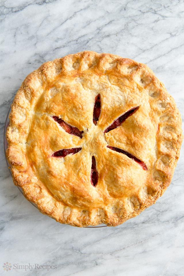 Strawberry Rhubarb Pie ~ The best strawberry rhubarb pie recipe!  Sweet fresh strawberries paired with tart rhubarb and a hint of orange zest. ~ SimplyRecipes.com
