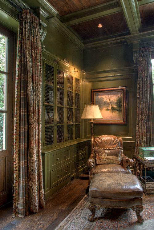 Gentleman's study in Buckhead, Atlanta. Historical Concepts.