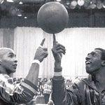 Harlem globetrotters Meadowlark Lemon and Curly Neal