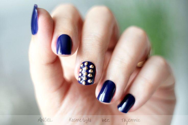Elegant Touch, Ekspresowy manicure w 5 minut czyli samoprzylepne paznokcie