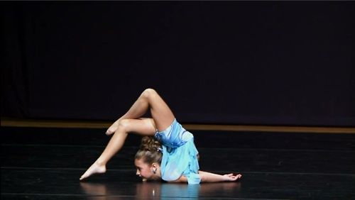 Dance moms - mackenzie zeigler performing dancing barefoot