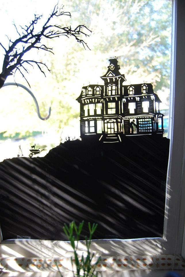 a new spooky mansion for halloween 2012