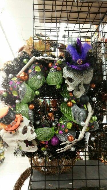 Dancing skeletons wreath by A.Hood @ 9526