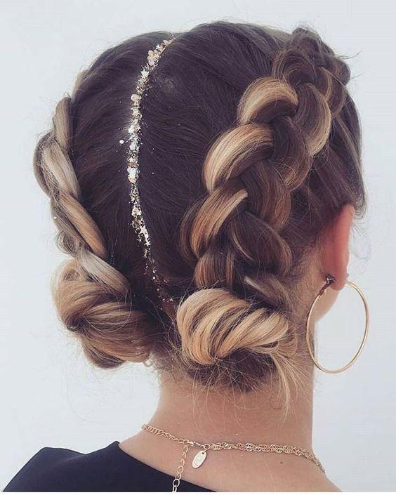 Elegant Long Blonde And  Brunette Balayage Hairstyles