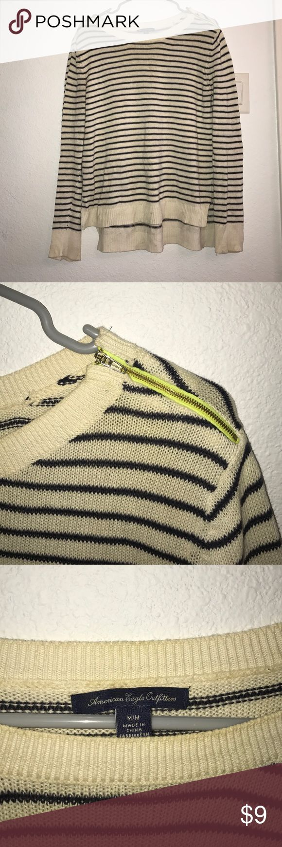 American Eagle Trendy Striped Sweater! EUC, just needs to be run through the washing mashing (which I will do and update pics soon!) 💕Make me an offer!💕I ship within 24 hours!!👍🏾😇 There is an automatic discount for bundles!!😘💖👏🏽 American Eagle Outfitters Sweaters Crew & Scoop Necks
