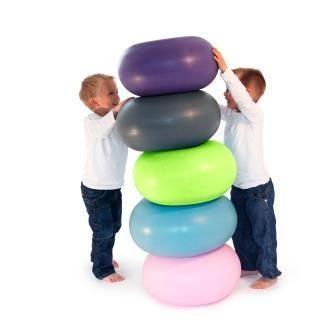 Hoppe, trille, sidde og balancere.