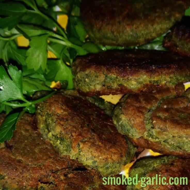 Falafel & Tahini Sauce see recipe at  https://garlic-recipes.com  #falafel #vegetarianrecipes #barbismoked #smokedgarlic# #garlicrecipes #bbcfood #foodchannel