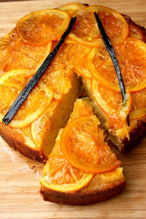 Sticky Orange and Vanilla Upside-down Cake - sweet, tangy, vanilla, citrusy, caramelised orange slices is the star of this cake. The orange peel makes this cake really tangy and every bite of cake gets a bit of great tasting caramelised orange.