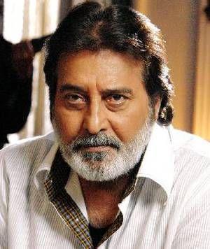KOYELAANCHAL: Vinod Khanna's Character To Make A Statement  http://sholoanabangaliana.in/blog/category/bolly-news/page/4/#ixzz2yjllkym5