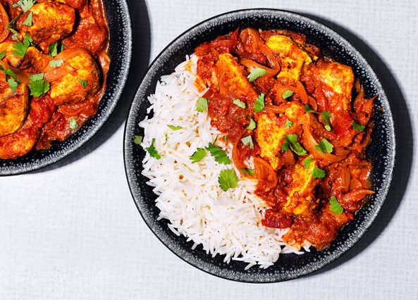 A healthier butter chicken curry recipe made with low-fat yogurt instead of cream. Best served with basmati rice or fluffy naan bread