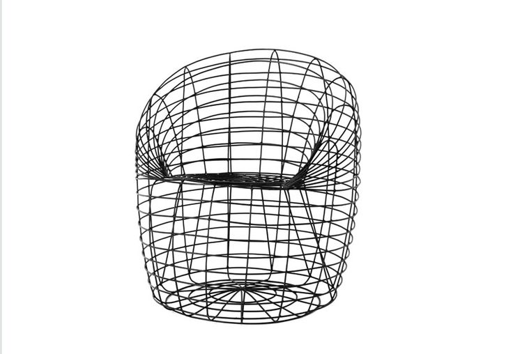 Modello Uovo diritto</br> Ø 76 Dim. h80 cm</br> Kg 10</br> Questa serie è realizzata con tondino metallico mm 5 e fondo di preparazione vernice nera allo zinco.</br> A scelta del cliente la struttura metallica viene successivamente verniciata con polveri epossidiche nei colori RAL.