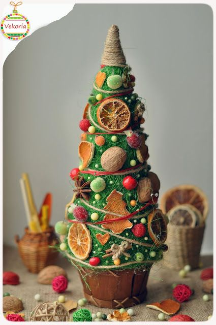 "Christmas tree ""Juicy dried fruit"""