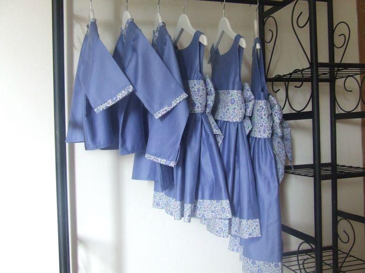 Robes et chemises en satin de coton bleu lavande et Liberty d'Anjo bleu
